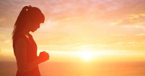 45313-daily-woman-prayer-1200.1200w.tn