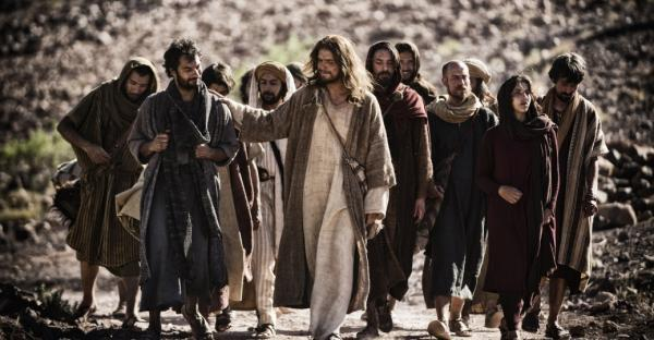 Jesus-and-his-disciples-from-movie-Son-fo-God.jpeg
