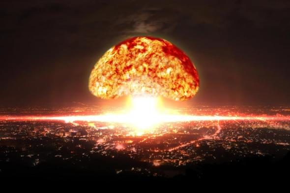 Nuclear-Bomb-Explosion-in-City