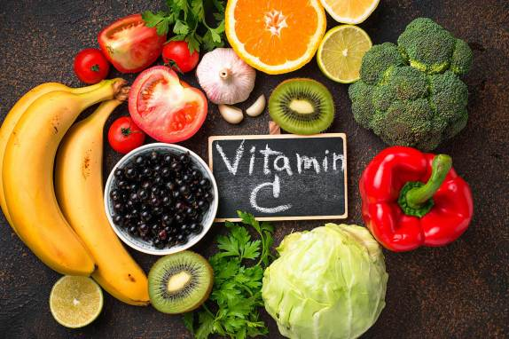 1800x1200_foods_with_vitamin_c_besides_oranges_slideshow